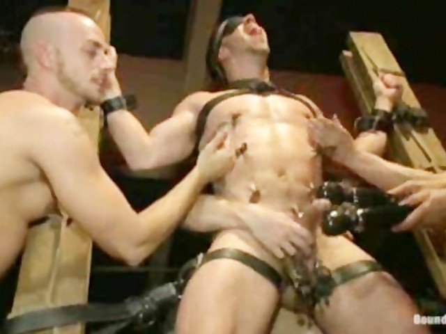 Guy tied and fucked